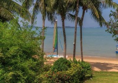 Luxury_Real_Estate_Phuket_2_bed_beach_villa ( (7)-2dmlpo4