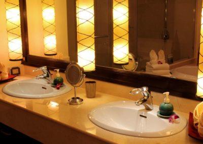 Large Luxury Villa Home For Sale Phuket Beachfront Bang Tao Thailand (41)