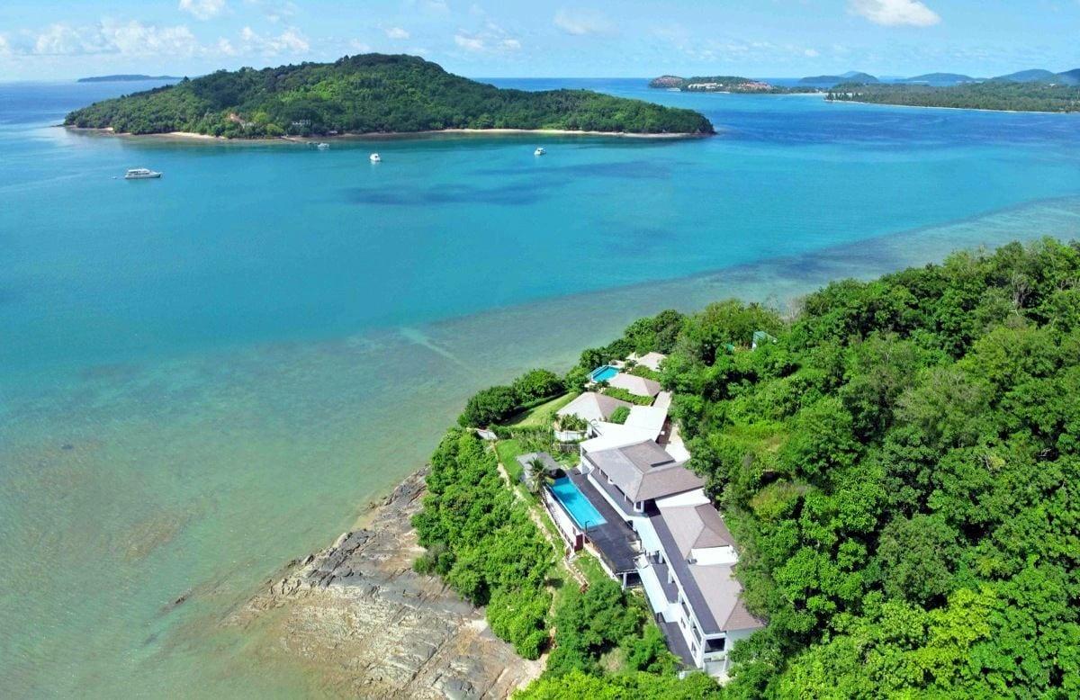Ocean Waterfront Villa on Private Peninsular