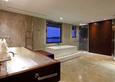Luxury Real Estate Stunning Ocean Waterfront Villa Home For Sale Thailand Phuket (55)-26uubcj
