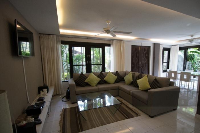 3-bed-apartment-beach-front-bang-tao-phuket-16