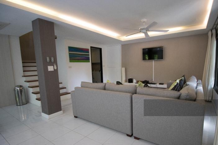 3-bed-apartment-beach-front-bang-tao-phuket-18