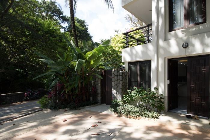 3-bed-apartment-beach-front-bang-tao-phuket-21