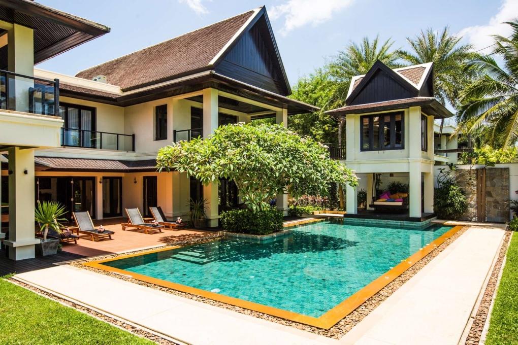Large-Luxury-Villa-Home-For-Sale-Phuket-Beachfront-Bang-Tao-Thailand-2
