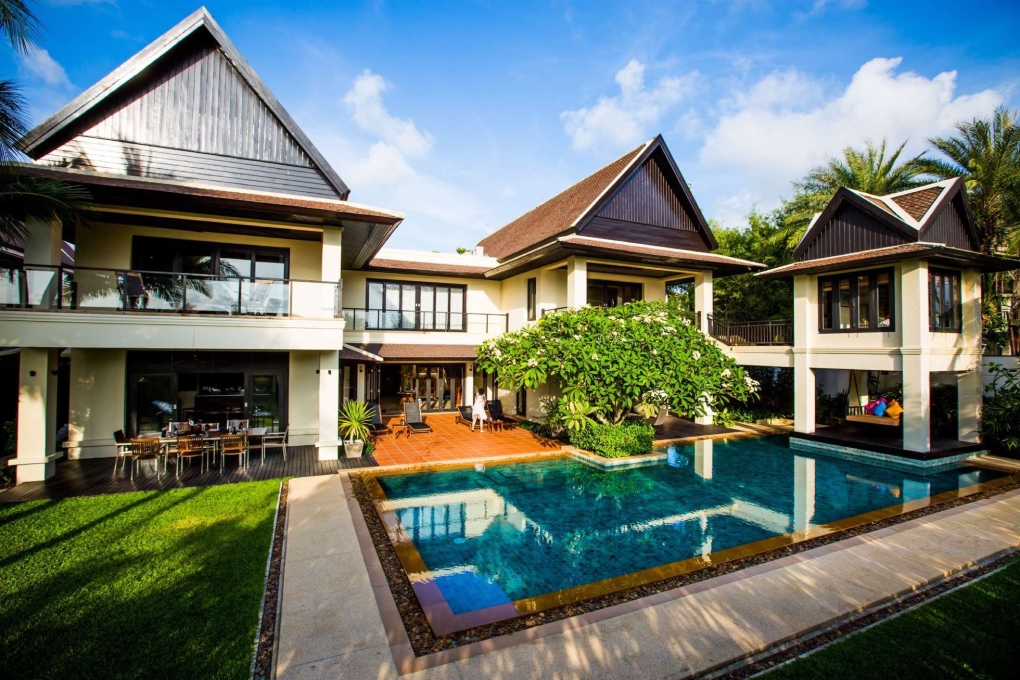 Large-Luxury-Villa-Home-For-Sale-Phuket-Beachfront-Bang-Tao-Thailand-3
