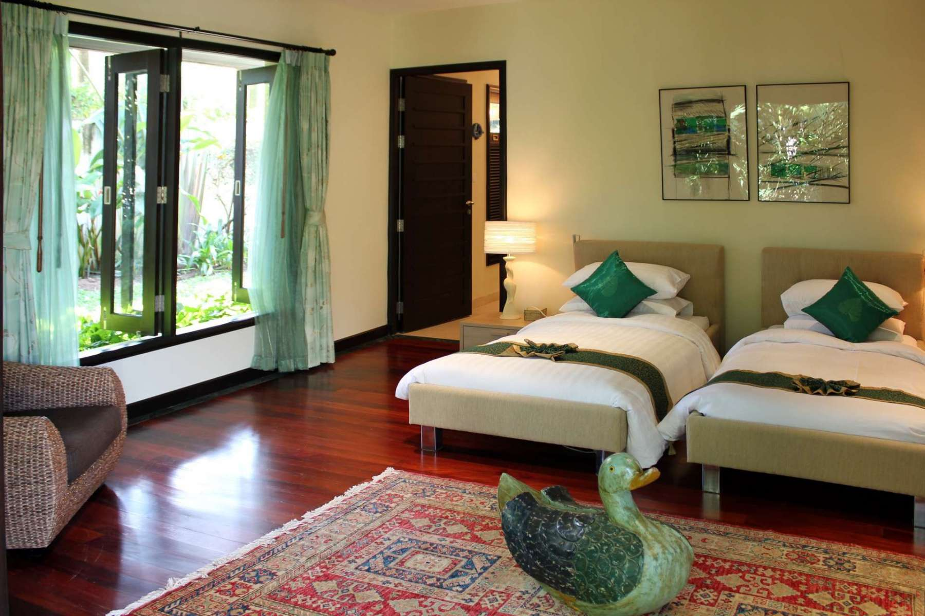 Large-Luxury-Villa-Home-For-Sale-Phuket-Beachfront-Bang-Tao-Thailand-32