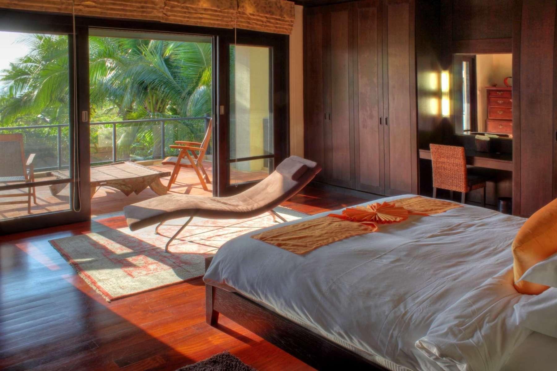 Large-Luxury-Villa-Home-For-Sale-Phuket-Beachfront-Bang-Tao-Thailand-33