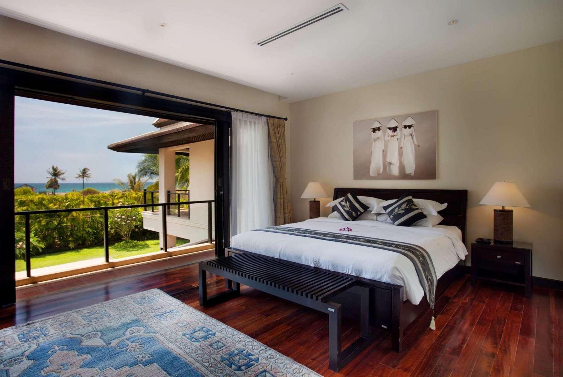 Large-Luxury-Villa-Home-For-Sale-Phuket-Beachfront-Bang-Tao-Thailand-36